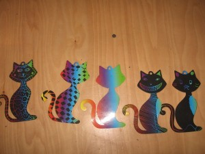 and scratch cats.